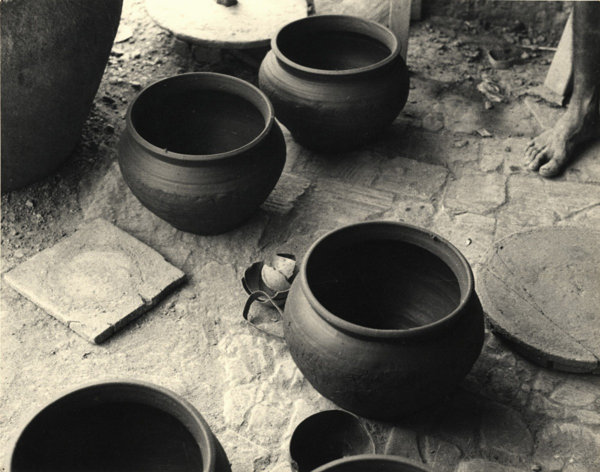 Pots and foot